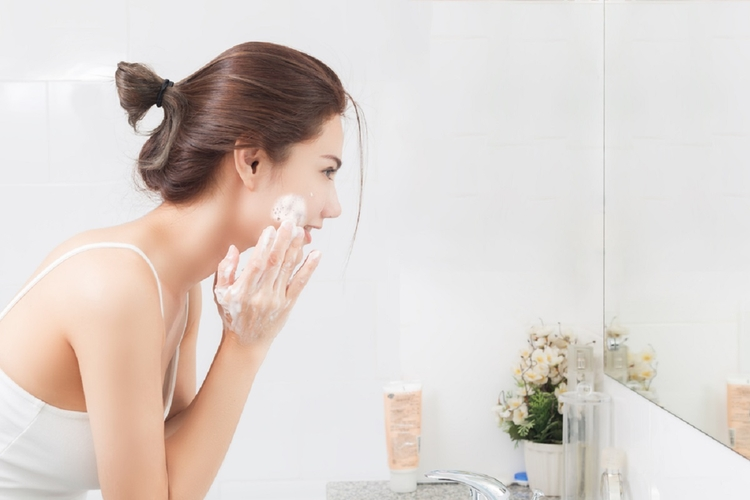 domowe sposoby oczyszczania twarzy